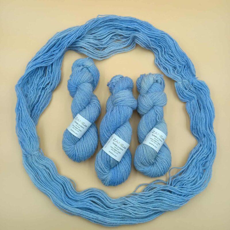 hilo de lana en 2 hebras azul